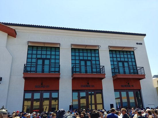 Bellflower, CA: Exterior of the building (Opening Day)