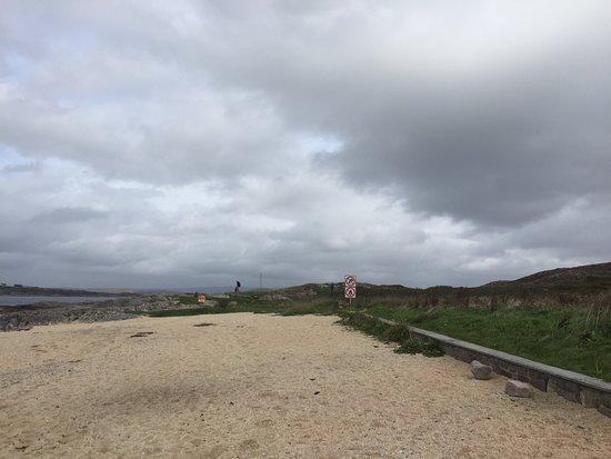 Carraroe, Ireland: Nice to the eye - rough to feet