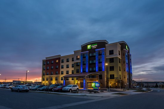 holiday inn express suites updated 2018 prices. Black Bedroom Furniture Sets. Home Design Ideas
