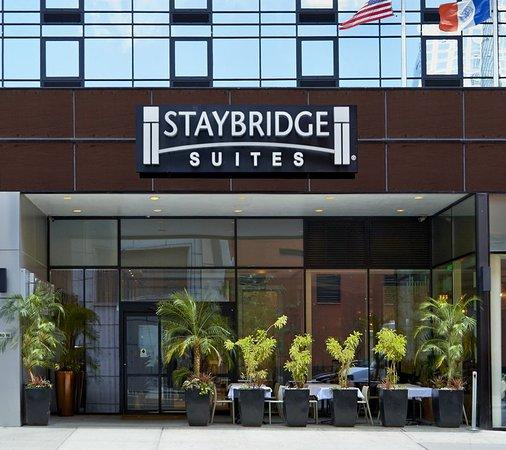 staybridge suites times square new york city hotel. Black Bedroom Furniture Sets. Home Design Ideas