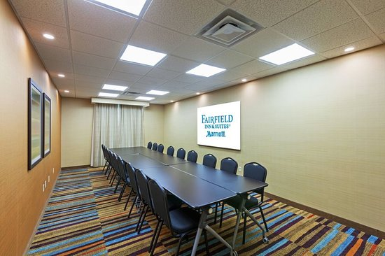 Fairfield Inn & Suites Tulsa Downtown: Meeting room