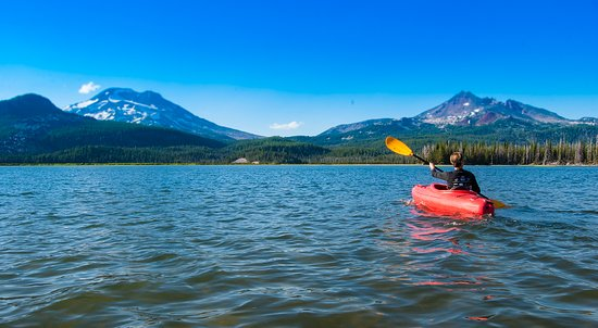 Bend, OR: Kayaking at Sparks Lake