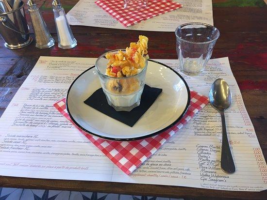 Sainte-Luce-sur-Loire, Frankreich: Dessert jour retour en enfance