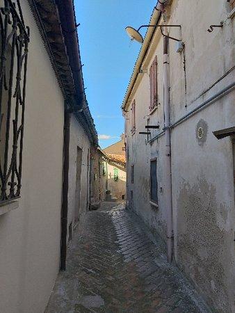 Cartoceto, Italy: 20180925_131305_large.jpg