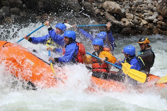 Kernville, Kalifornia: Bring some friends along on the Kern River!