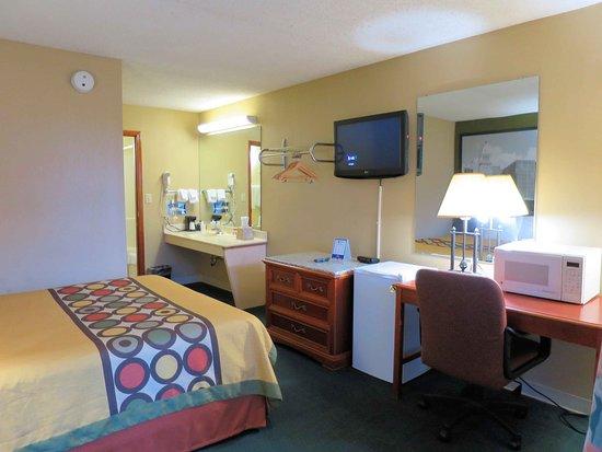 Vandalia, OH: Room 115