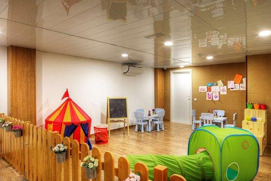 cbf6ab9f5 Guarderia infantil - Picture of Hotel Sunway Playa Golf & Spa ...