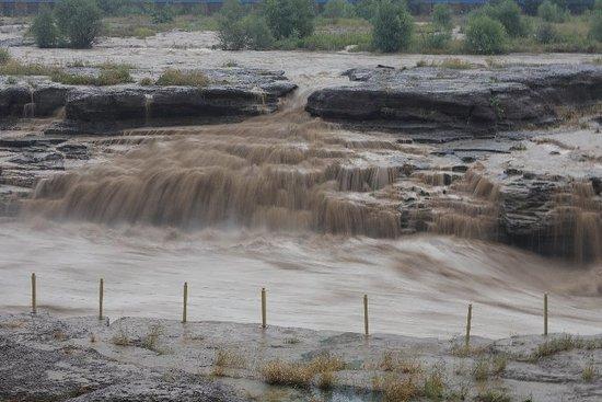 Hukou Waterfall: 20180925143728_F04A3194_large.jpg