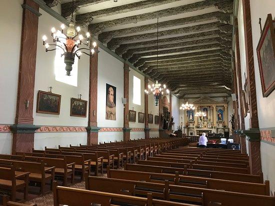 Mission San Buenaventura: Ventura Mission Church