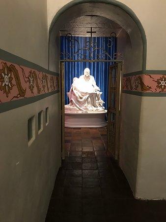 Mission San Buenaventura: One of the few copies of the Vatican's Pieta by Michaelangelo