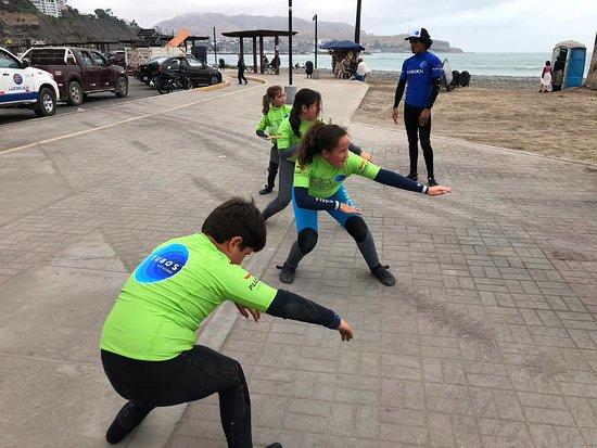 Tubos Surf School