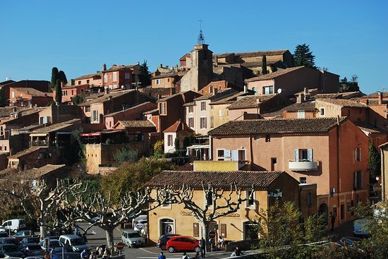 Small Group Day Trip to Luberon...