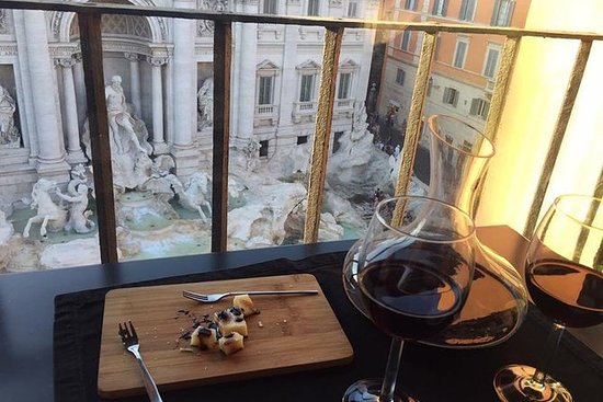 Wine Tour featuring the Pantheon and...