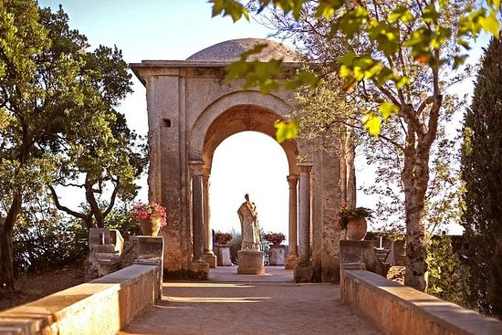Villa Cimbrone in Ravello - Entrance...