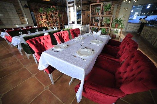 Andijan, Uzbekistan: Vella Elegant Restaurant & Ba