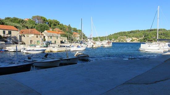 Rogac, Croatie : The Port/Marina
