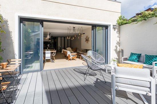 la maison odeia b b bordeaux france voir les tarifs 30 avis et 65 photos. Black Bedroom Furniture Sets. Home Design Ideas