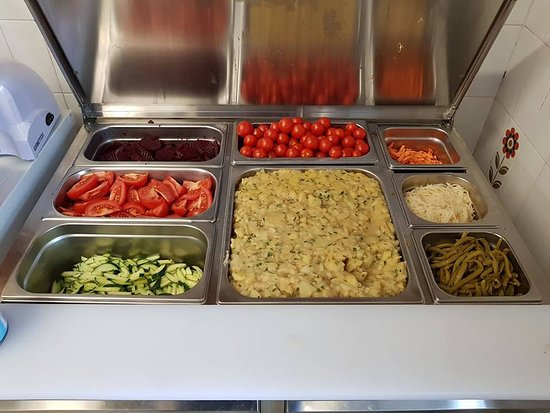 Trafoi, إيطاليا: Leckere und frische Salate