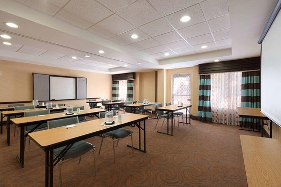 Hampton Inn & Suites Ft. Lauderdale Airport/South Cruise Port: Meeting room