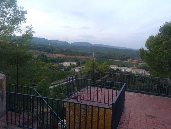 Torrelles de Foix, Spain: Las vistas desde el balcón