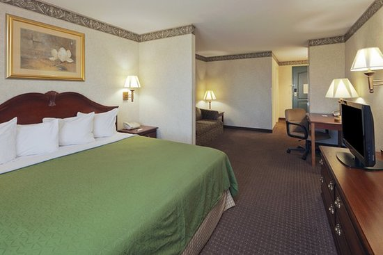country inn suites by radisson mansfield oh updated. Black Bedroom Furniture Sets. Home Design Ideas