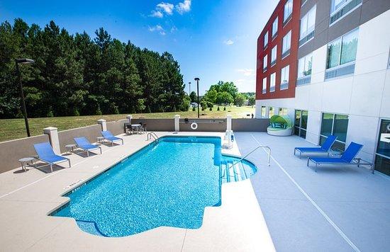 Piedmont, SC: Pool