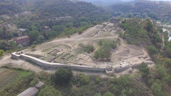 Jaciment Arqueologic de l'Esquerda