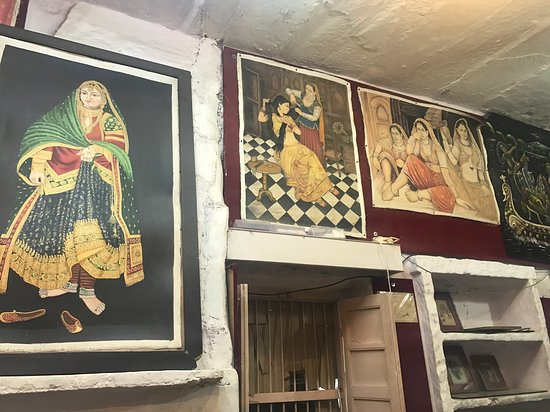 Chauhan's Art Gallery & Art School
