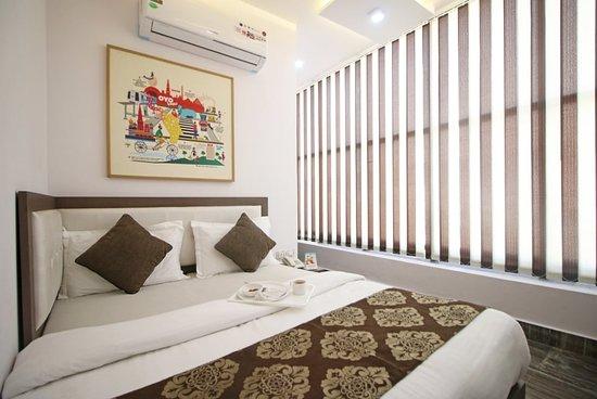 OYO 393 Hotel RK Grand Inn