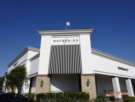 Marina del Rey, CA: Waterside Shopping Center