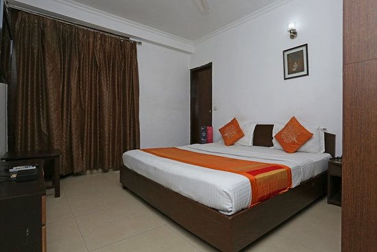 OYO 474 Hotel VM Residency