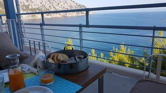Pilio, Grecja: Breakfast at the Xenia