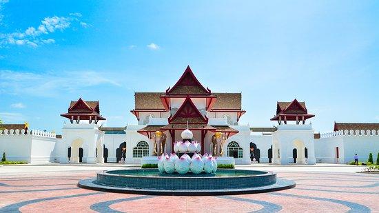 Thalang Maneekram