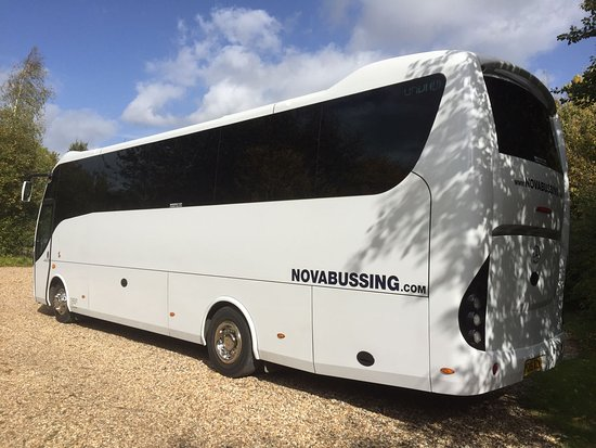 Рай, UK: Nova Bussing 29 Seater Coach