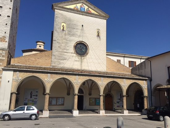 Lanciano, Italie : Portico and frontal view