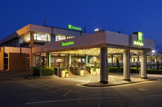 Wedding Reception Venue Over Priced Review Of Holiday Inn