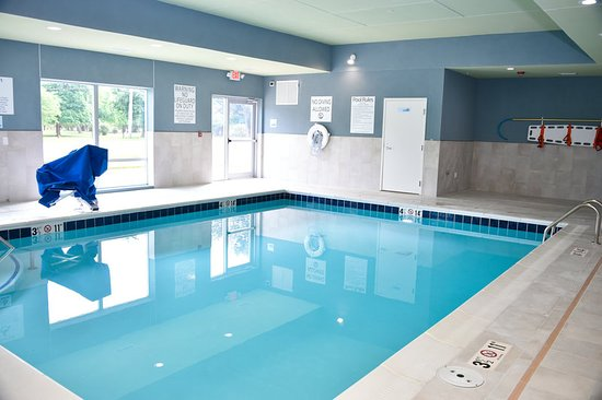 Bensenville, IL: Pool