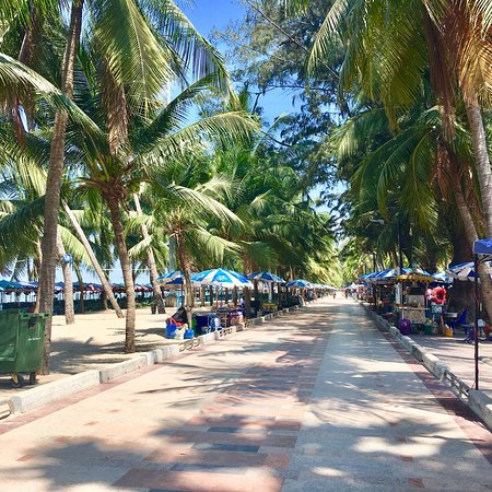 Bang Saen Beach照片
