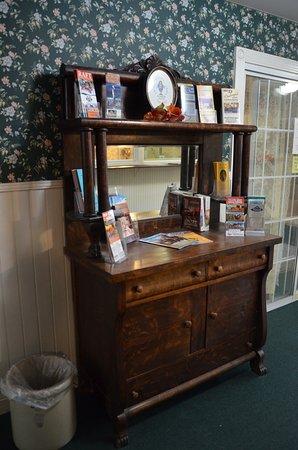 Step Back Inn: Wonderful period furniture works in this charming inn.