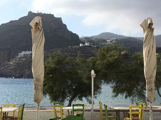Kapsalion, กรีซ: Beach-side tables