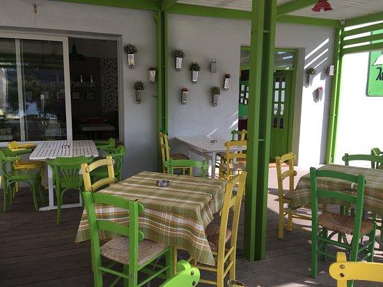 Kapsalion, กรีซ: Porch area