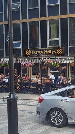 Durty Nellys Pub