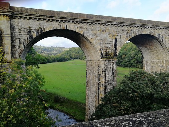 Alvechurch, UK: View from Chirk Aqueduct