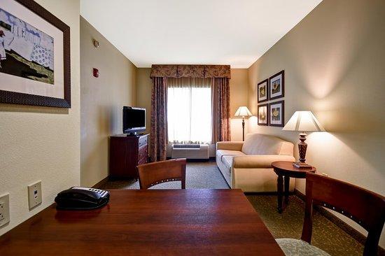 Homewood Suites by Hilton Charleston Airport / Conv. Center: Suite