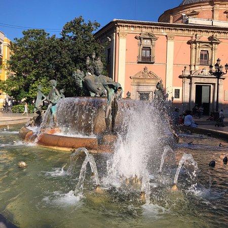 Fuente del Tribunal De Aguas/del Turia