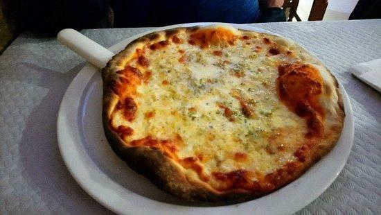 imagen Pizzeria Monty en Albarracín