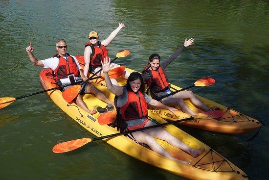 Menasha, Висконсин: Kayaking the Fox River locks