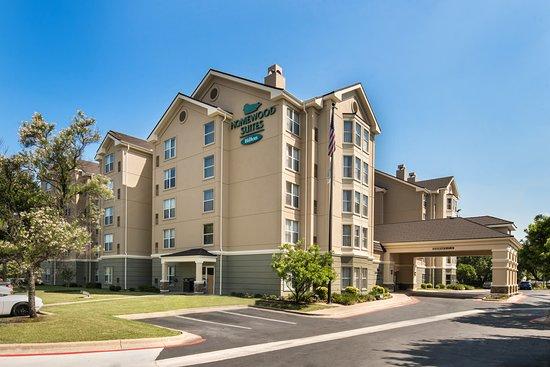 Homewood Suites by Hilton Austin South: Hotel Exterior