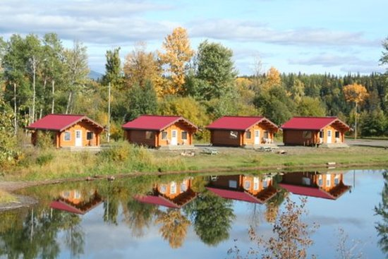 Burns Lake, Canadá: One bedroom modern cottages - view from the lake