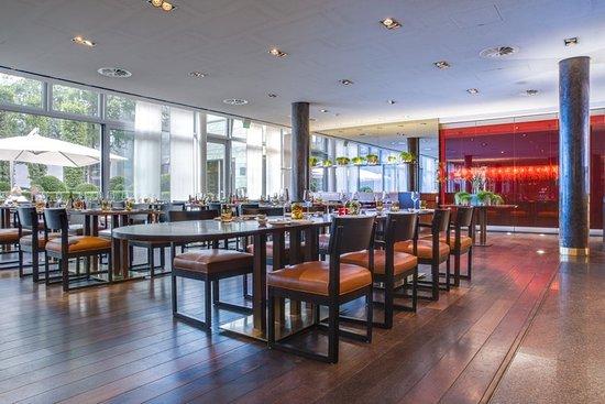 radisson blu media harbour hotel d sseldorf ab 158 1 8 2 bewertungen fotos. Black Bedroom Furniture Sets. Home Design Ideas